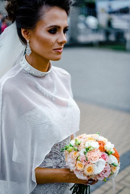 Kobieta, bukiet kwiatów, Ślub